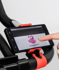 vélo d'appartement avec support pour smartphone