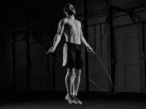 Exercice du saut à la corde