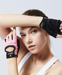 Gants d entrainement de musculation pour femme rose pose