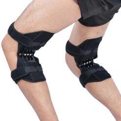 Flexion des jambes avec des genouillères de soutien power leg keepleg Soulagenou