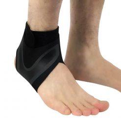 chevillere ligamentaire attelle de protection de la cheville
