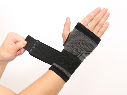 strapping noir poignet musculation bandage