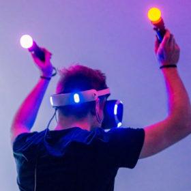 Comment la réalité virtuelle peut-elle révolutionner le sport à domicile?