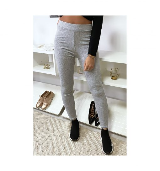 legging-gris-avec-deux-bandes-blanches-sur-les-cotes-pose-de-face