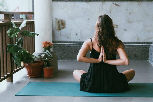 yoga chez soi maison
