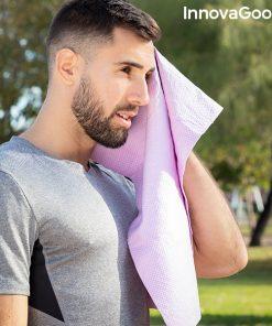 home s essuyant avec serviette rafraichissante de sport refroidissement