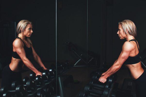 Comment faire du sport a la maison pour garder la forme