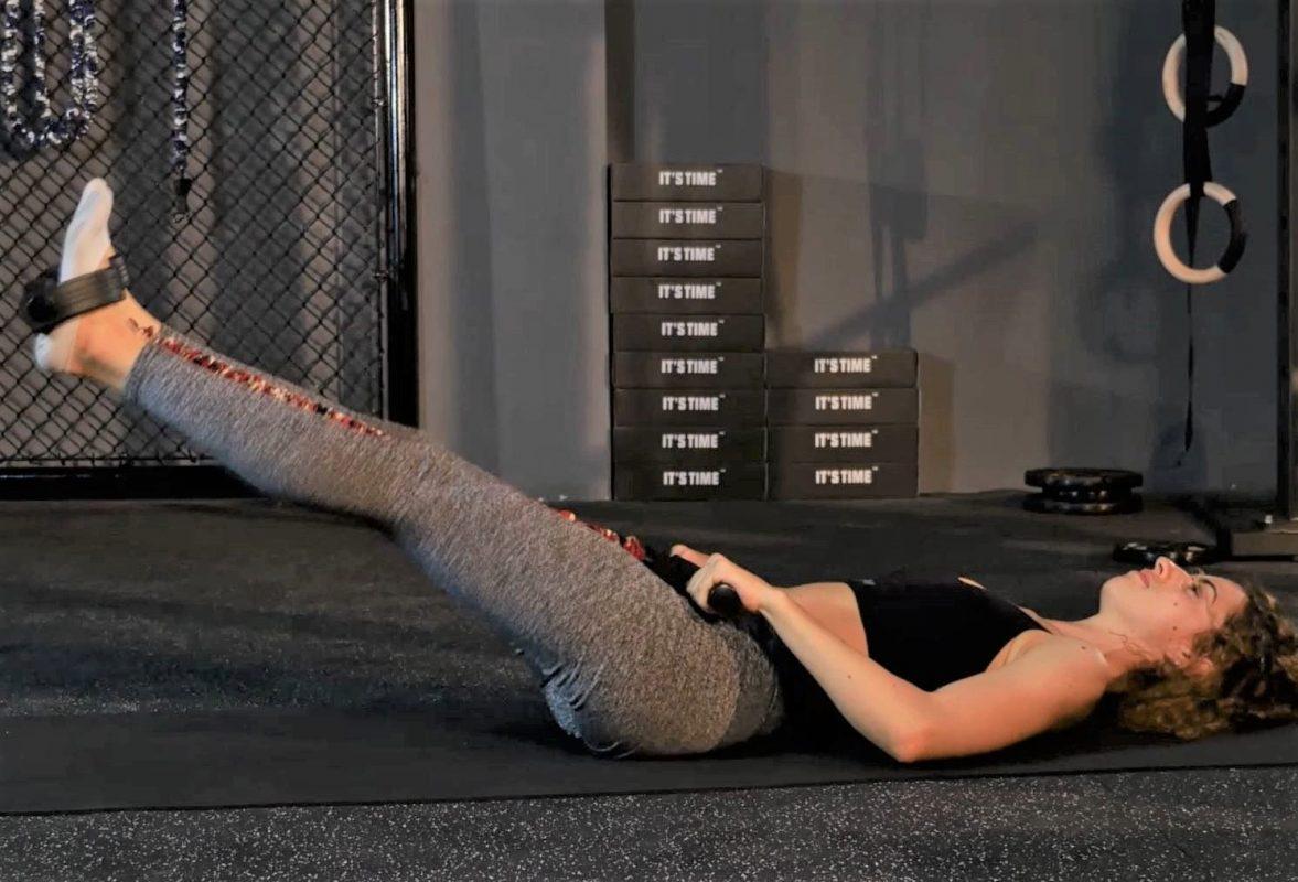 rameur elastique exercice releve de jambes